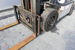 Wózek widłowy Nissan UGD02A32PQ